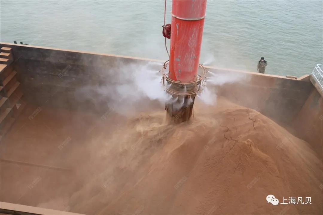 上海凡贝干雾抑尘设备-治理运输码头粉尘的有效武器